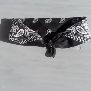 Black Headband NWT - $4